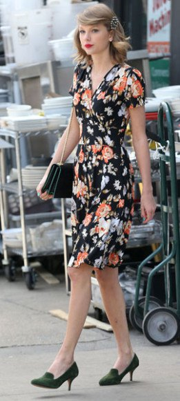 black floral wrap knee dress handbag
