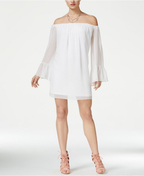 of the baby bell sleeve white baby doll address