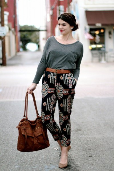 gray long sleeve t-shirt black printed trousers