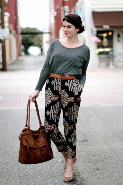 gray long sleeve t-shirt black printed trousers