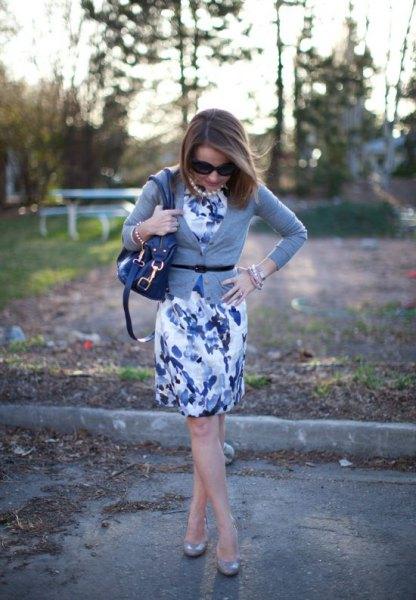 blue floral mantle dress outfit