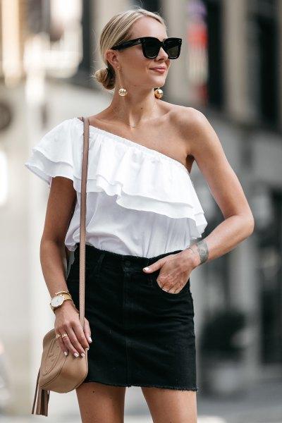 a shoulder-white ruffle top black mini skirt
