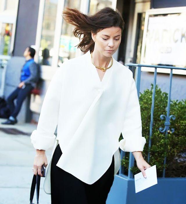 choker basics white shirt