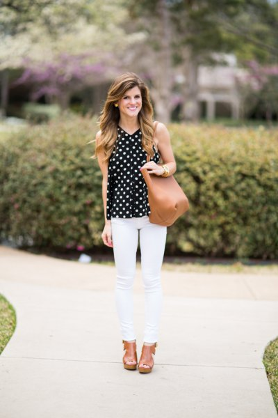 sleeveless polka dot blouse white skinny jeans