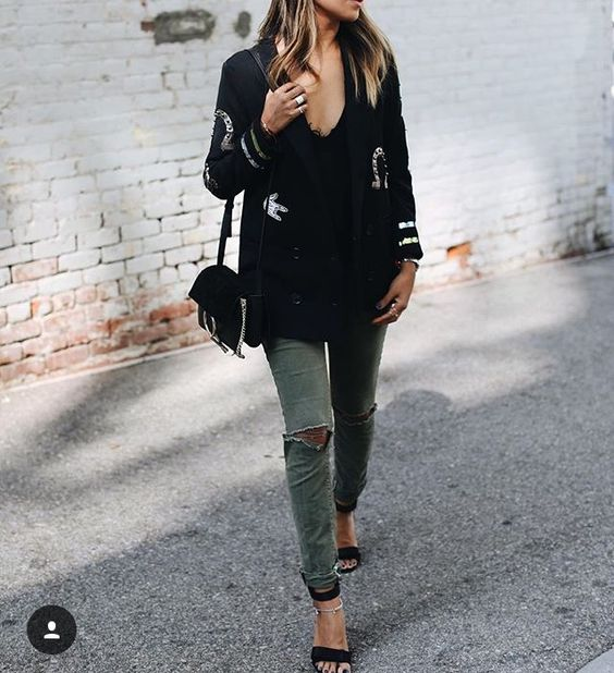 green skinny jeans black