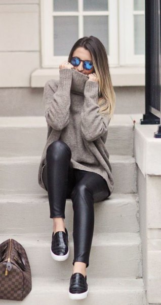 leather sneakers leggings with gray knitted sweater