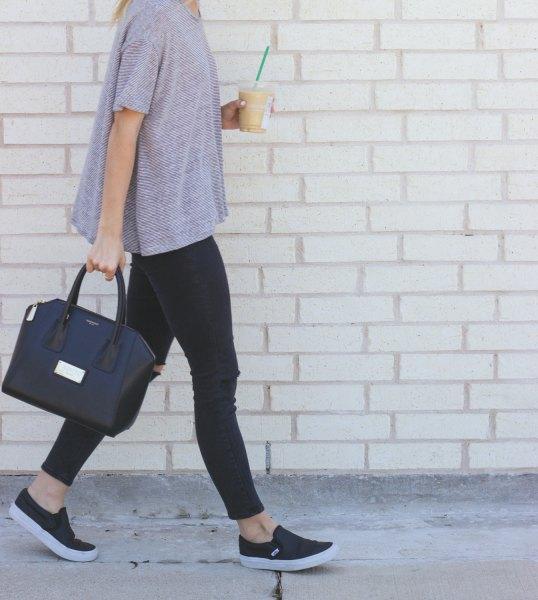short sleeve gray sweater leggings black leather sneakers