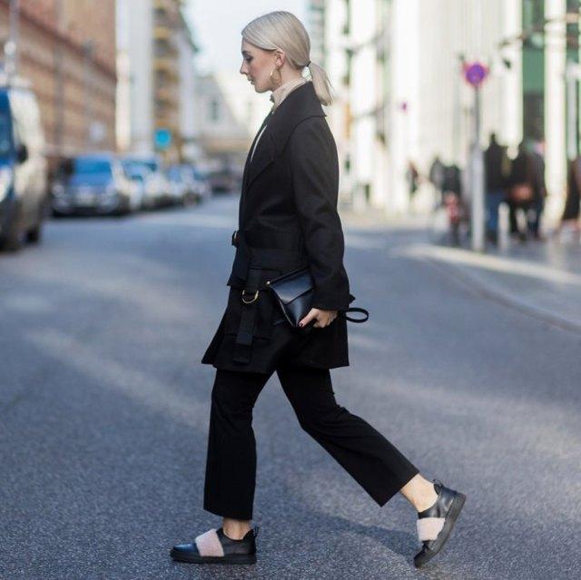 big sneakers in black wool leather