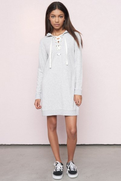 tie chest with hood dress canvas sneakers