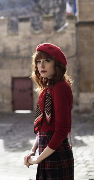 red painter hat plaid pencil skirt