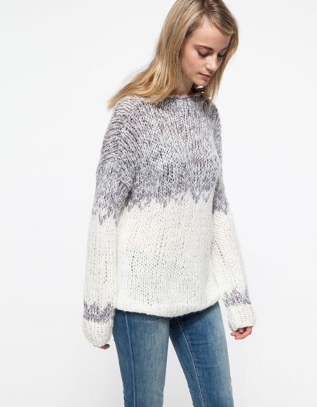 gray and white color blocks marbled knitted sweater