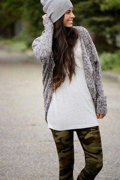 como printed leggings gray knitted cardigan