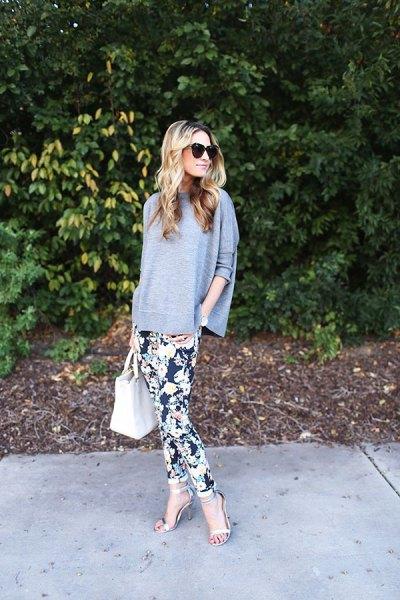 bat sleeve gray top floral leggings