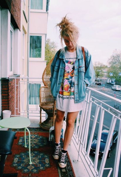 denim jacket oversized t-shirt