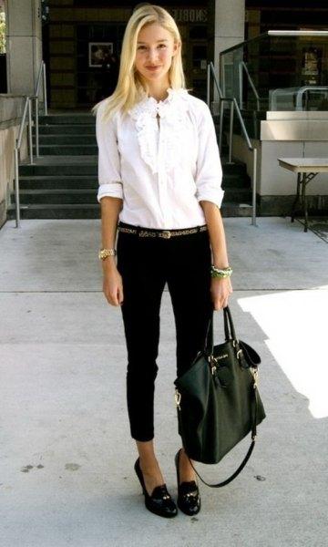 white shirt black skinny jeans bread