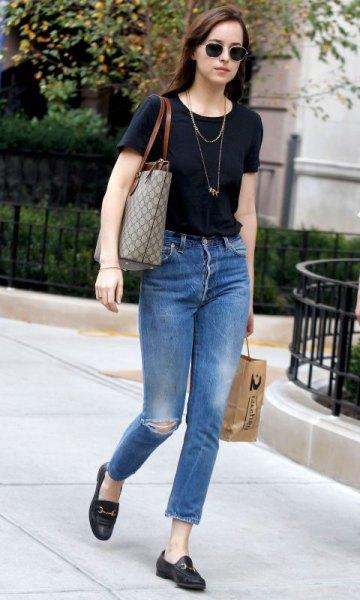 black t-shirts jeans