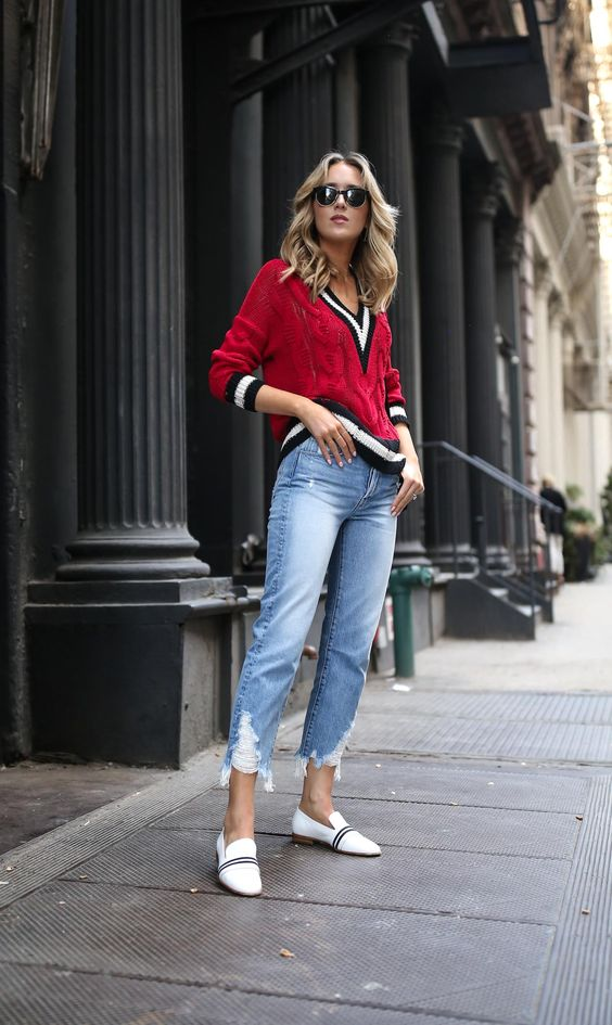 sweater with v-neck red tennis