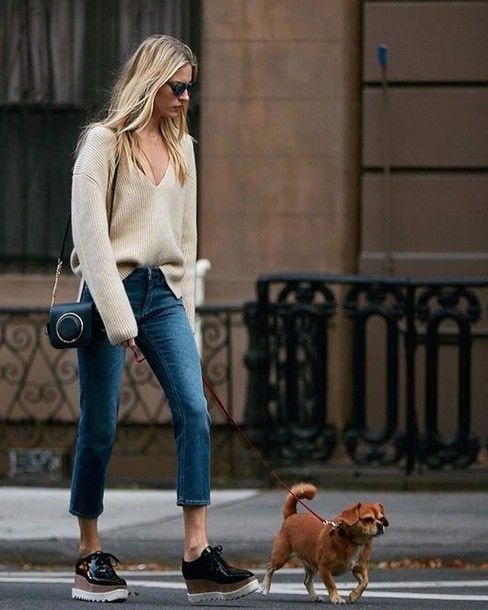 sweater with v-neck jeans