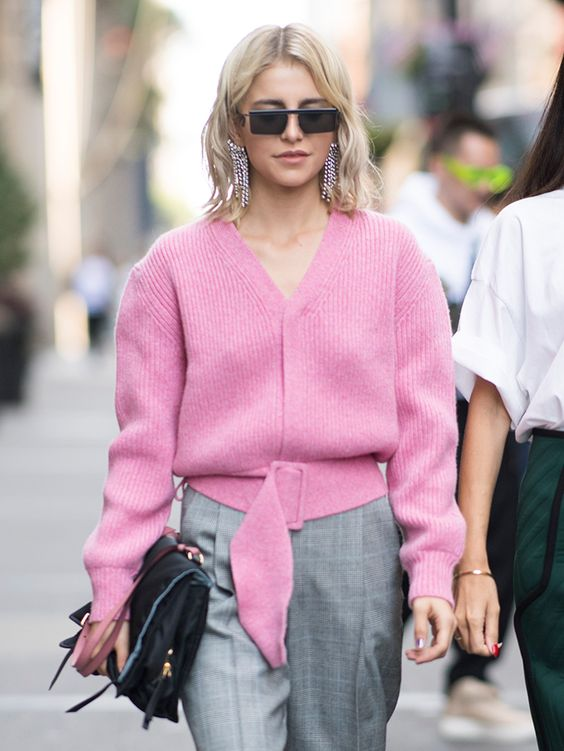 sweater with v-pink pink plaid