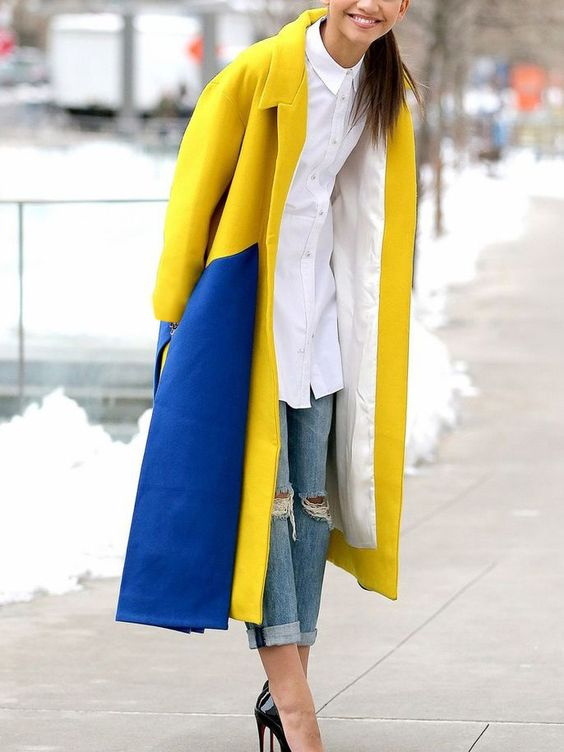 yellow-blue outfit two-color coat
