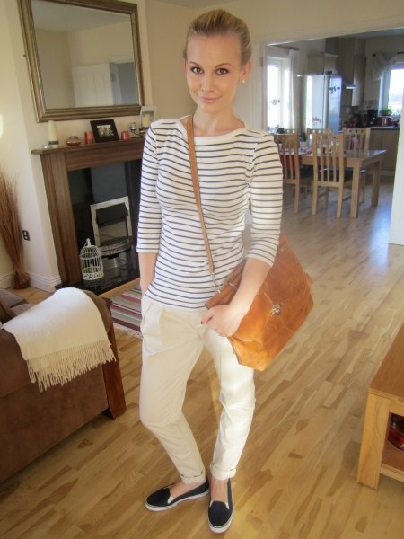 white chinos horizontal striped t-shirts