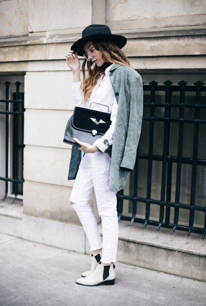 gray oversized jacket white shirt jeans