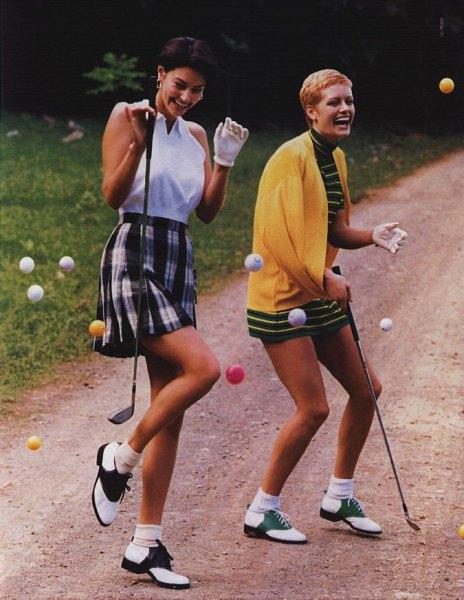 sleeveless sweater with high waist plated golf skirt
