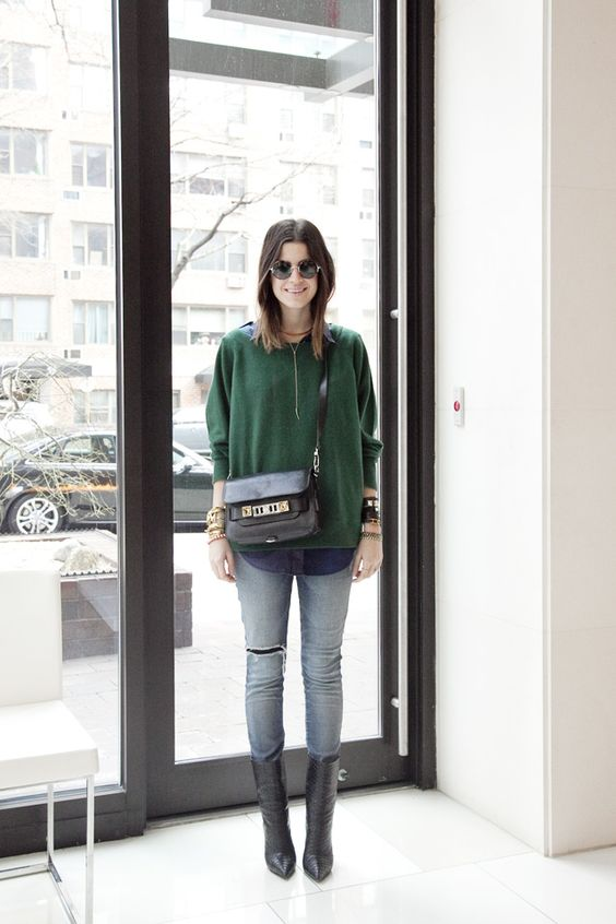 middle calf boots green sweater