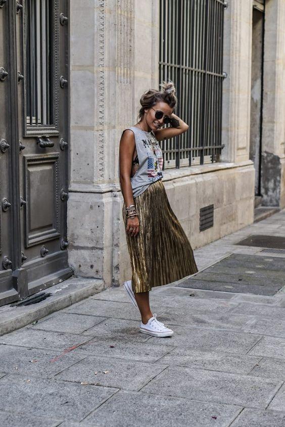 gold skirt printed shirt
