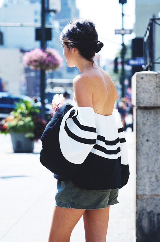 black off the top of the shoulder striped