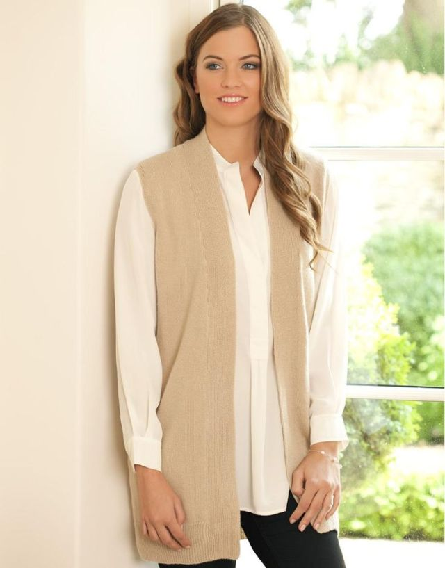 white shirt long sleeve cardigan outfit