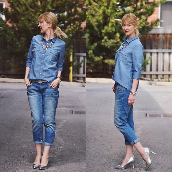 denim shirt boyfriend jeans feminine