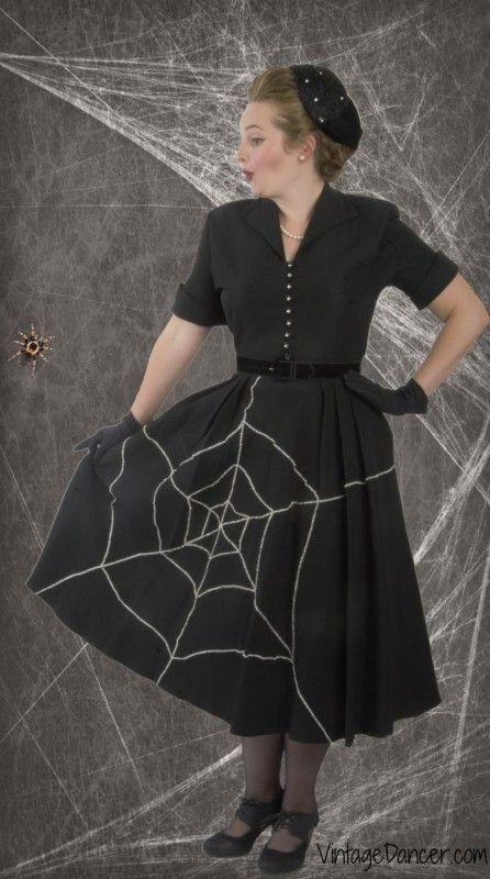 8 Classic Vintage Halloween Costumes | Vintage 1950s dresses .