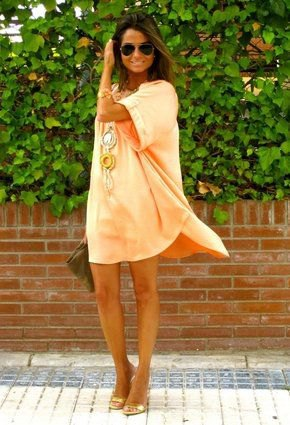 orange mini-shift dress with wide sleeve and bronze heels with open toe