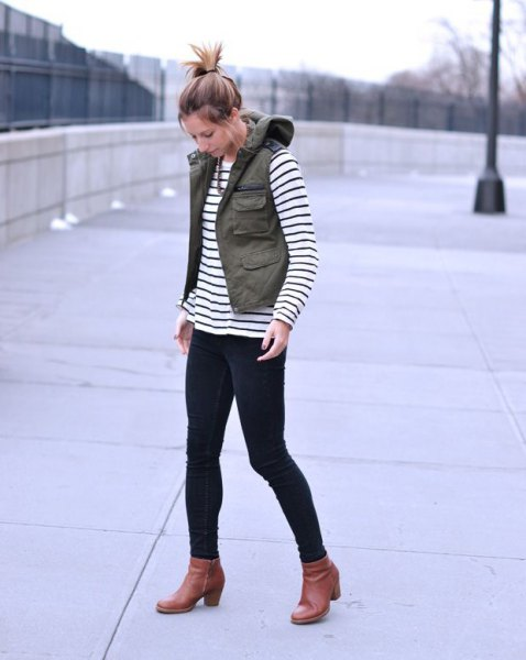 loading jackets black and white striped tee boots