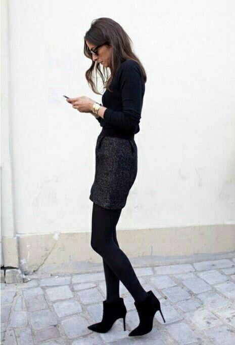tweed skirt business