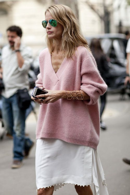 v-neck sweater pink love
