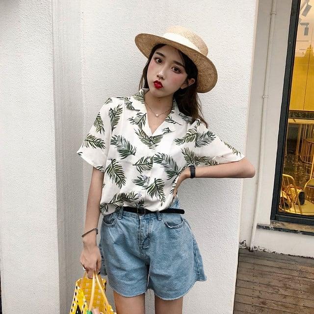 Hawaiian Shirt Outfit Ideas For Women | POPSUGAR Fashi