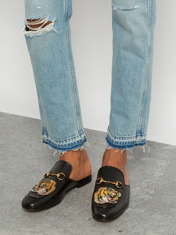 Gucci Tiger Princeton (With images) | Gucci loafers outfit .
