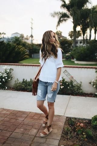 How to Style Bermuda Shorts: 14 Outfit Ideas You'll Love in 2020 .