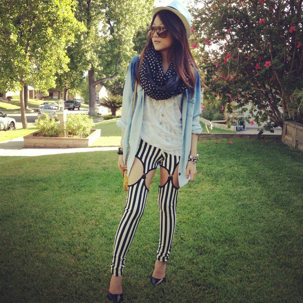 How to Style Black and White Leggings: Top 15 Stylish Outfit Ideas .