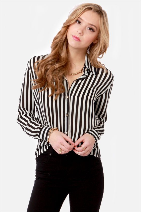 Little White Lines Black and White Striped Top in 2020 | Black .