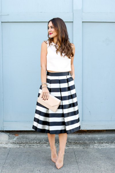 15 Best Black and White Striped Skirt Outfit Ideas - FMag.c