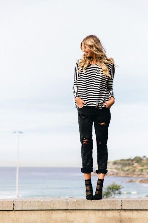 Stripes and black boyfriend jeans | Boyfriend jeans, Boyfriend .