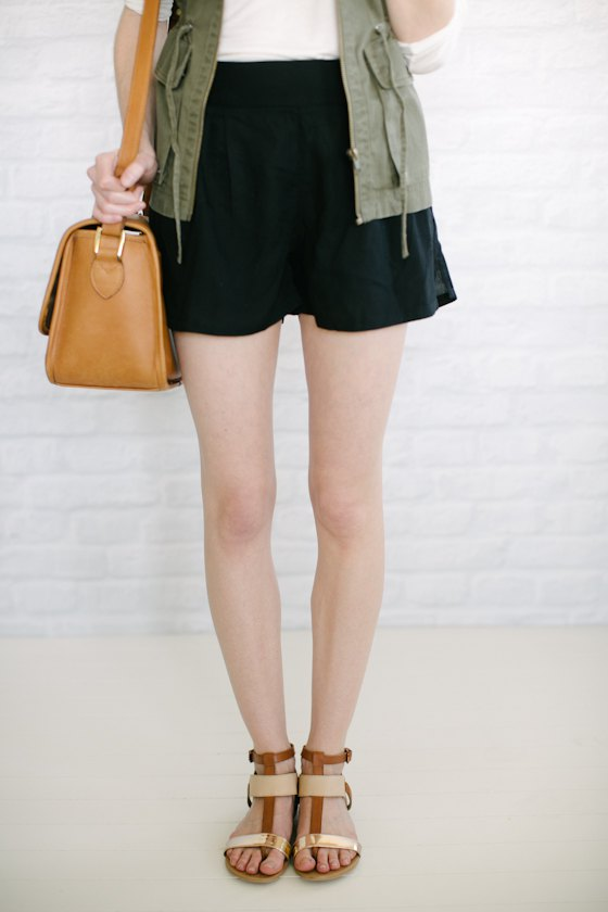 How to Style Flowy Shorts: Best 15 Outfit Ideas - FMag.c