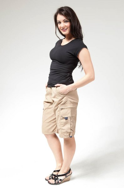 How to Style Long Cargo Shorts: Casual Outfit Ideas for Women .
