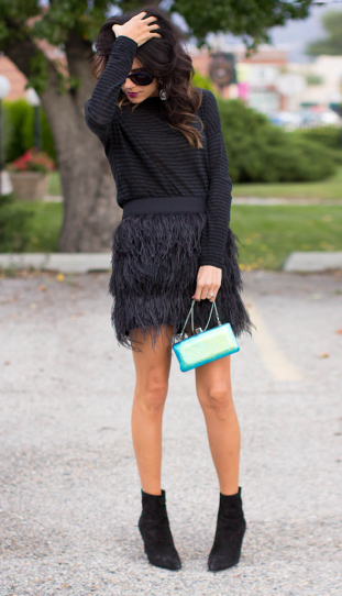 25 Outfits That Will Make You Fall For Feathers | Fashion, Paris .