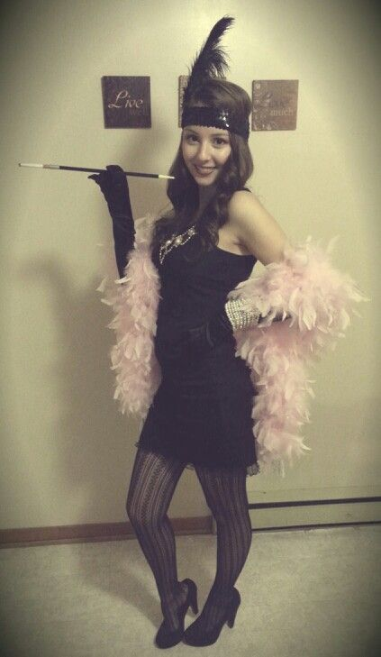 Flapper girl - Easy DIY halloween costume! I would switch the .