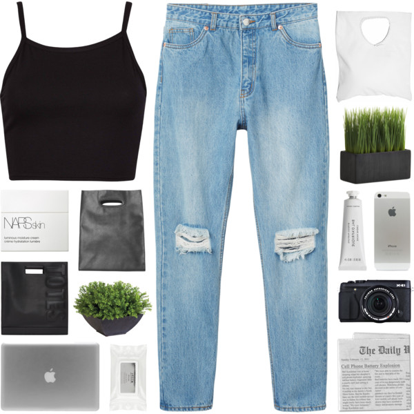 Black Crop Tops Simple Outfit Ideas 2020 - OnlyWardrobe.c