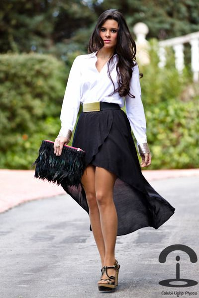 Hi-low skirt outfit idea #5. Wear your hi-low skirt with a white .